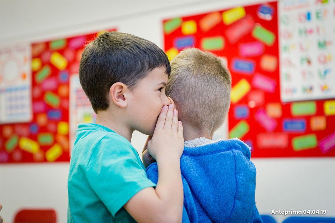 Nei nostri corsi di inglese per bambini le lezioni sono incentrate sulla fonetica e apprendimento di nuovi vocaboli, il riconoscimento di parole e la strutturazione delle frasi.